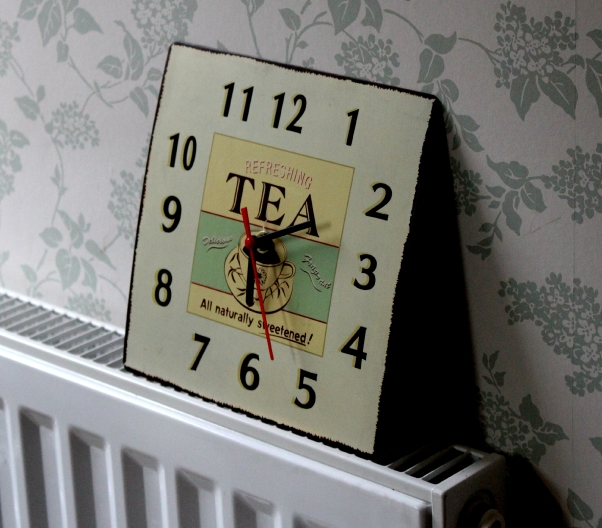 tea clock